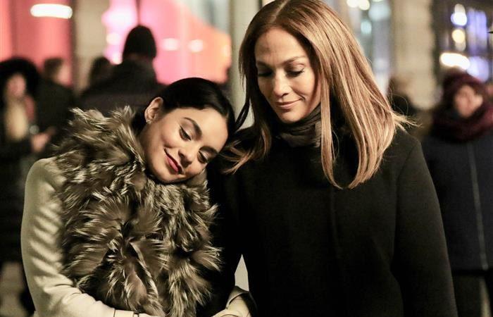 Vanessa Hudgens & Jennifer Lopez
